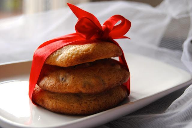 Chocolate Chip Cookies (sugar free) & Merry Christmas
