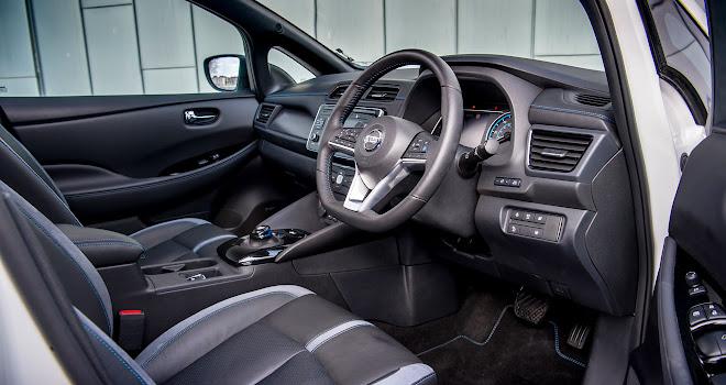 Nissan Leaf 2 front cabin