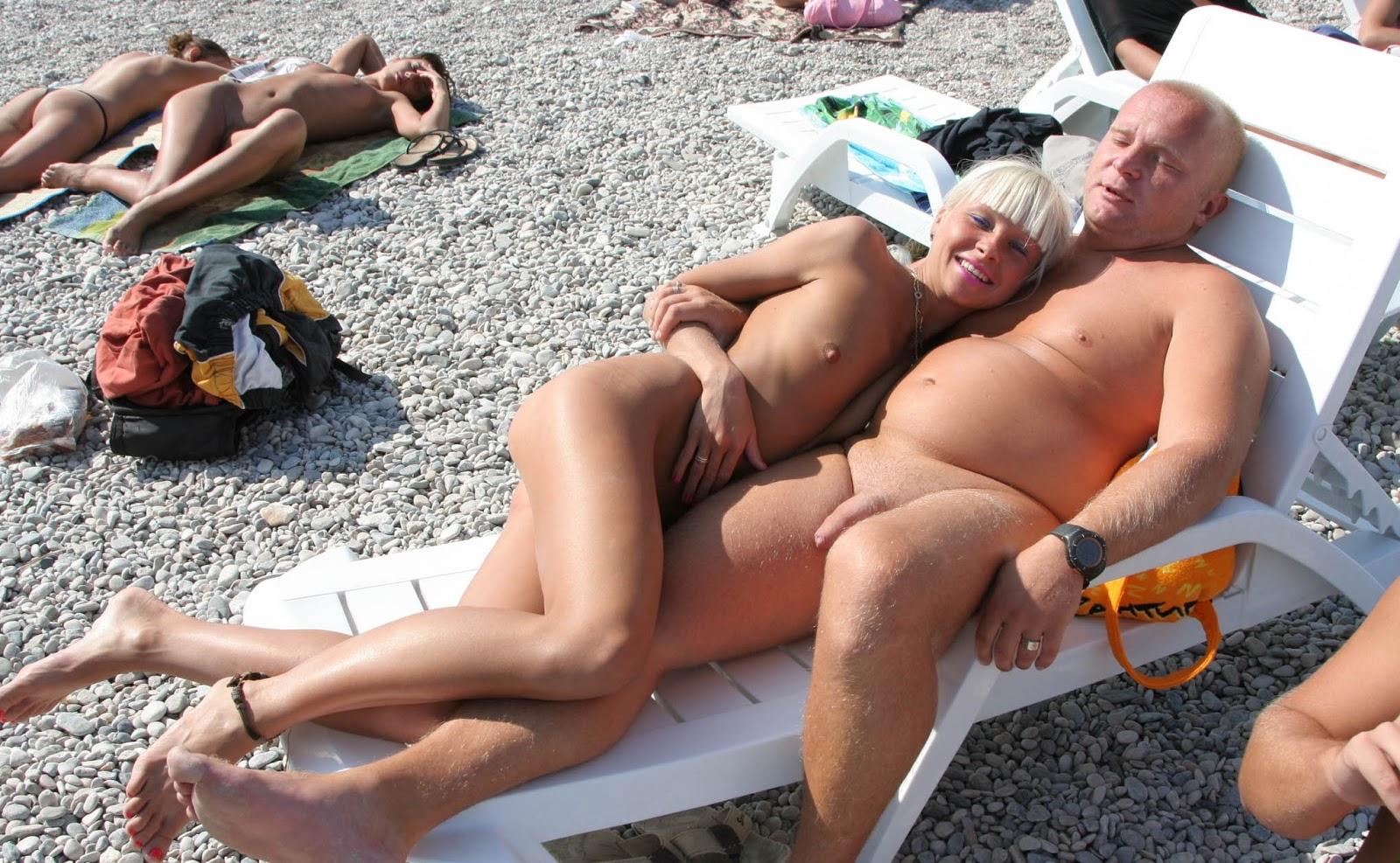 Nudist voyeur pics quite
