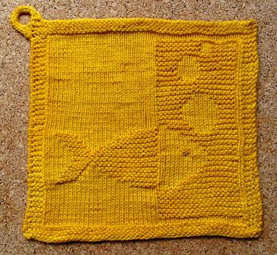 Blubb Dishcloth by Barbara 8, blogged by Dayana Knits