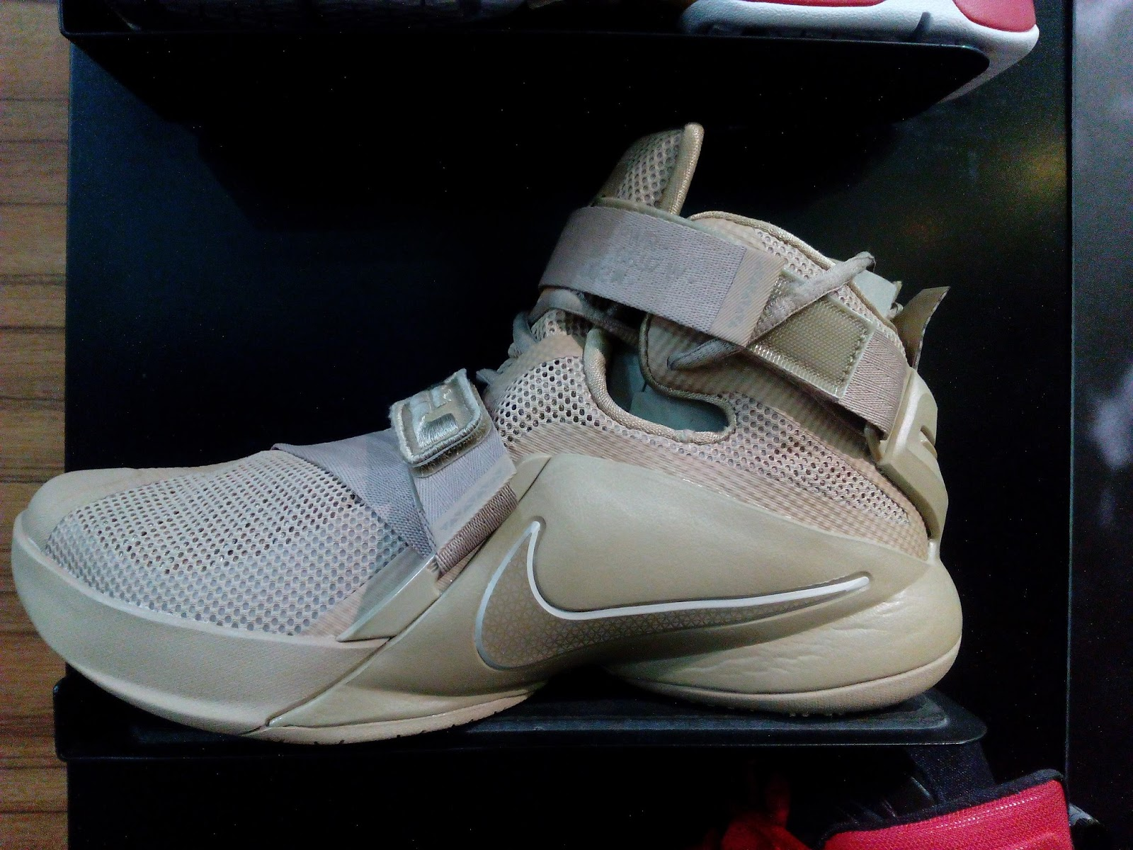 huge selection of d9545 20c1d Nike Zoom Soldier 9 Wheat