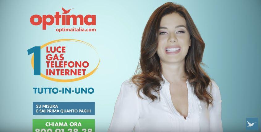 Canzone Optima pubblicità modella con camicia bianca - Musica spot Ottobre 2016