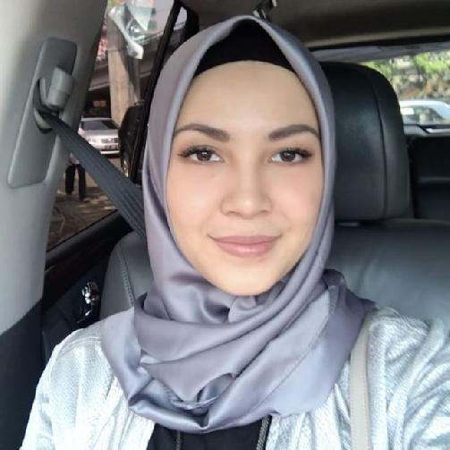 Fakta Ratna Galih Harus Anda Ketahui [Artis Indonesia Hot]