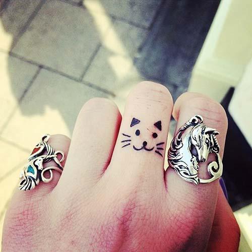 parmak kedi dövmesi finger cat tattoo