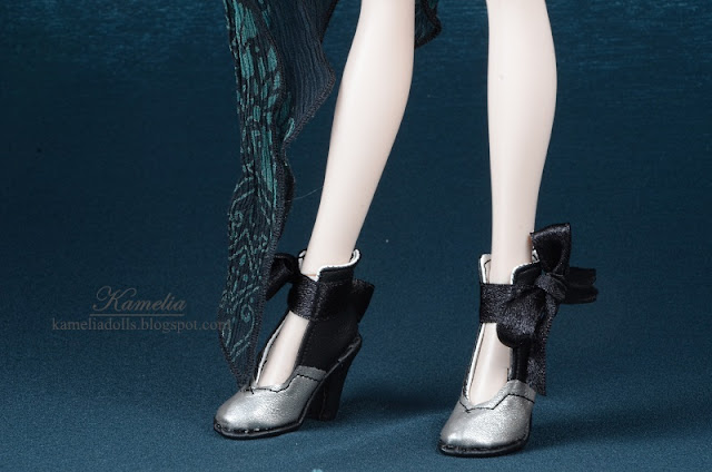 Handmade Tonner doll shoes.