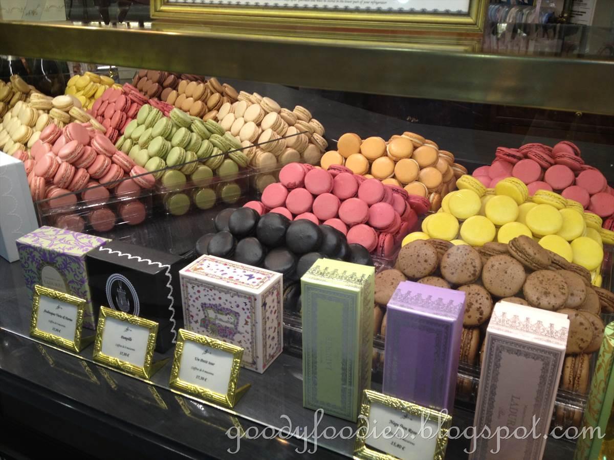 Bien-aimé GoodyFoodies: Macarons @ Ladurée Paris, Charles De Gaulle Airport RL32