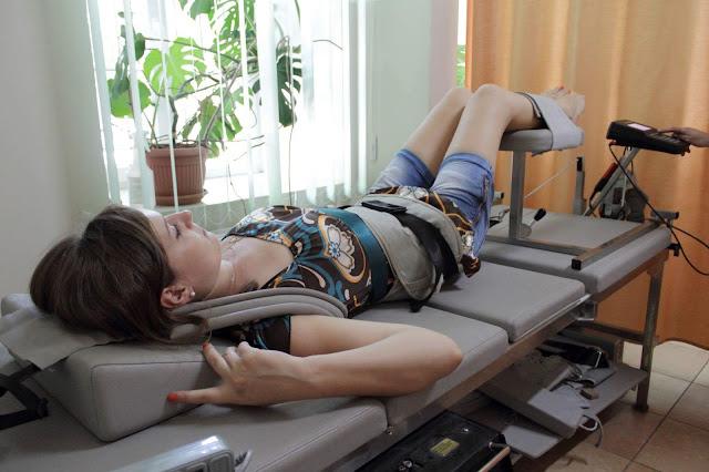 Тракционное вытяжение коленного сустава, Аппаратная тракция коленного сустава