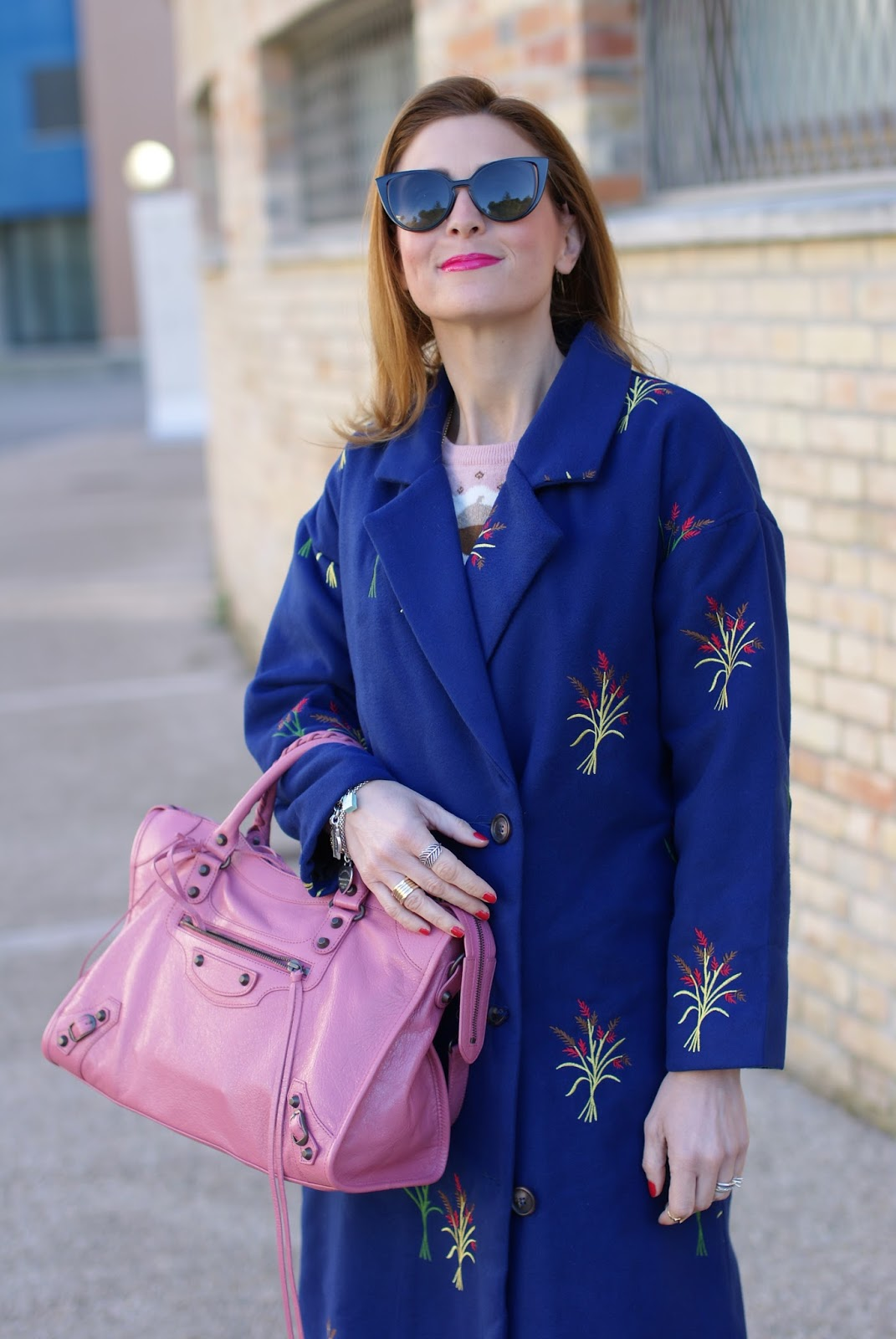 Balenciaga Rose Hortensia bag, Fendi sunglasses and Zaful coat on Fashion and Cookies fashion blog, fashion blogger style
