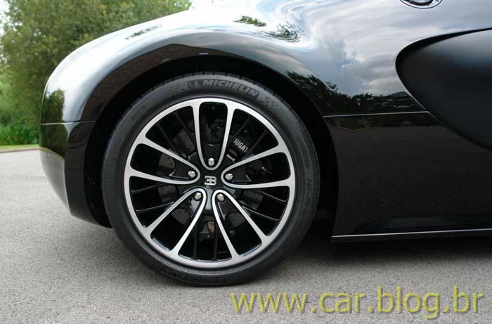 car blog br bugatti veyron super sport usado tem pre o de r 5 4 milh es na inglaterra. Black Bedroom Furniture Sets. Home Design Ideas