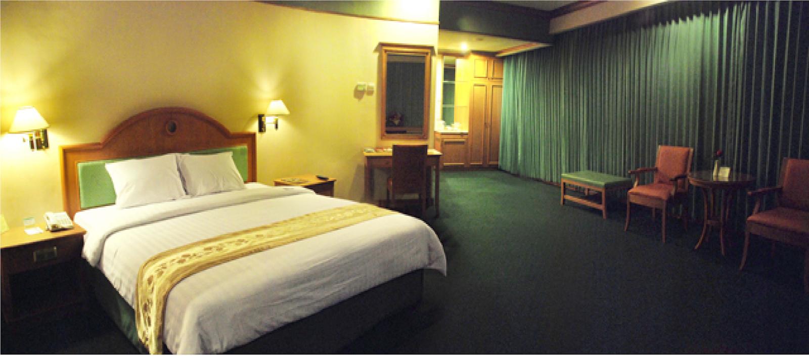 Tunjungan Hotel mewah, dan murah di kota Surabaya