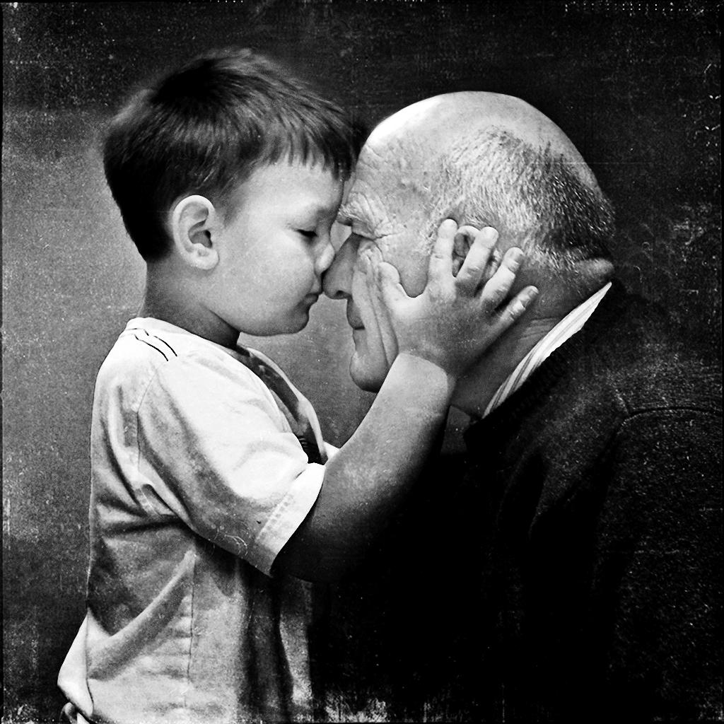 Reflexiones de Vida: Abuelo ojalá fueras eterno