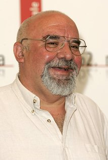 Stuart Gordon. Director of Honey I Shrunk the Kids