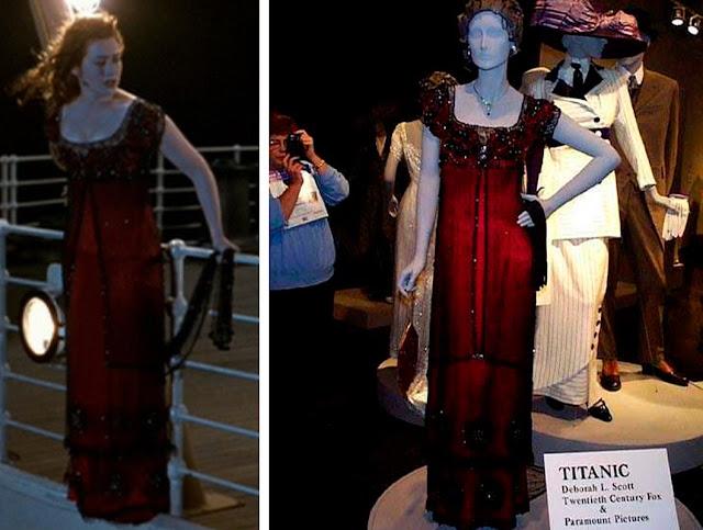 Vestido usado na cena de suicidio, Cena do filme e ao lado o figurino no manequim
