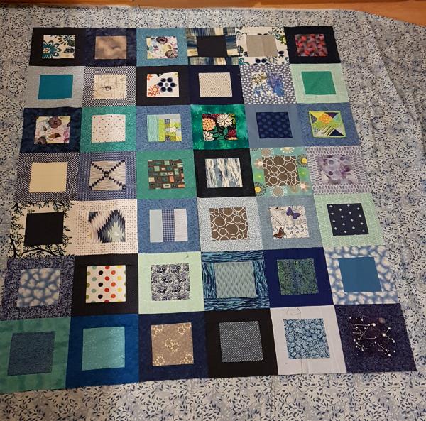 Blue quilt | DevotedQuilter.blogspot.com