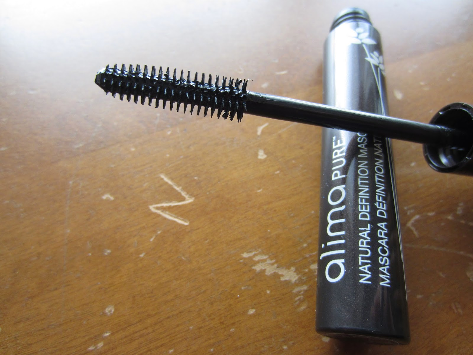 5611e70446c If you're looking for a quick, easy to apply, lengthening mascara that  looks incredibly natural, this is the one for you. If you prefer volume and  fullness, ...