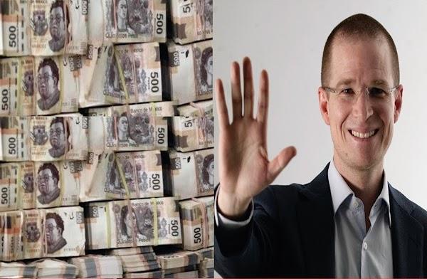 """EPN y el PRI me atacarán porque, """""""" Vivo Humildemente y la familia de mi esposa tiene cuentas bancarias en Europa """""""""""