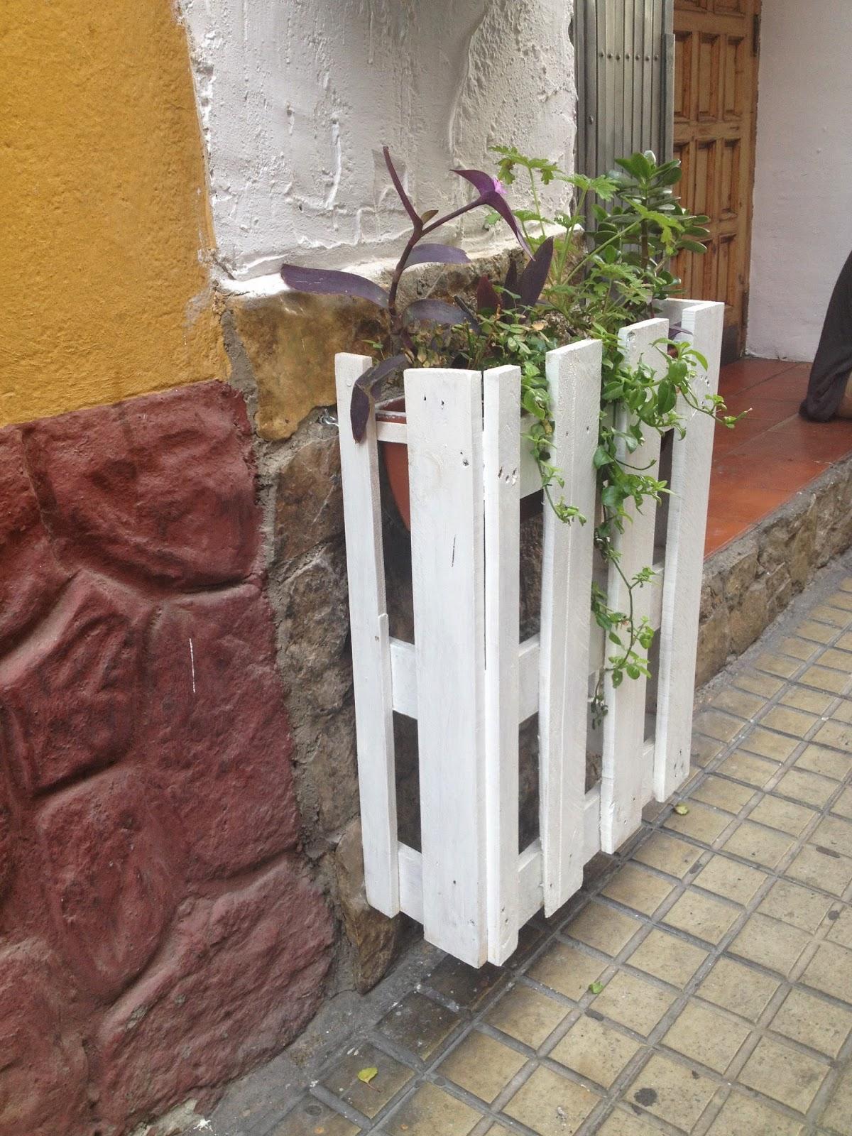 El ebanista en el tejado - Reciclaje de pales ...