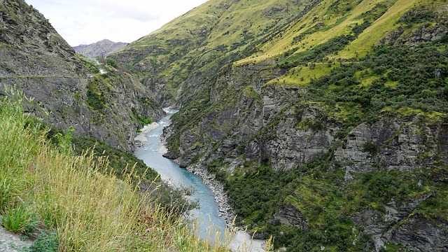Skipper's Canyon, shotover river, skippers canyon road, skippers canyon bungy, jet boat nz, shotovertrack package, south island road map,