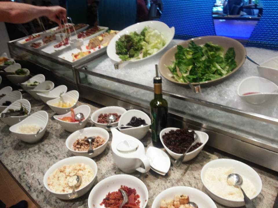 Circles Event Cafe Buffet Review