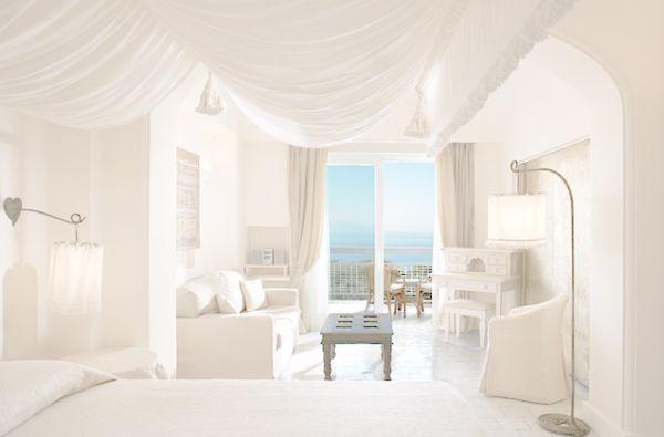 تنسيق ديكور غرف نوم بيضاء | روعة اللون الأبيض | ديكور بلس
