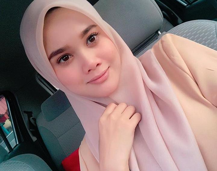 Guru cantik Malaysia