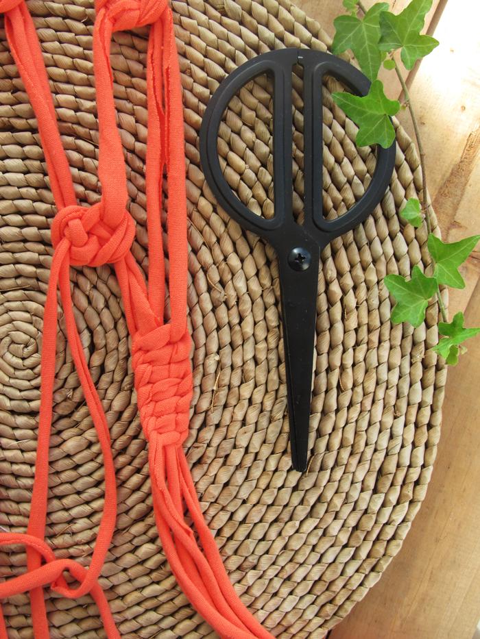 Valentina Vaguada: macrame, wallhanging, home deco, boho style, cotton fabric, diy, macrame knots