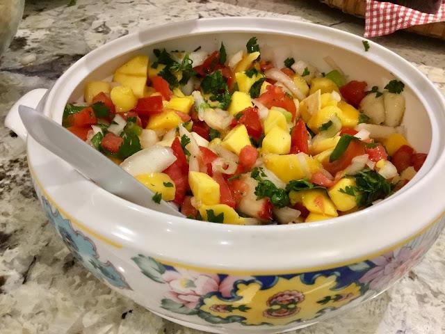 mango salsa appetizer for vegans and gluten free
