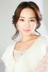 Lee Yu Ri