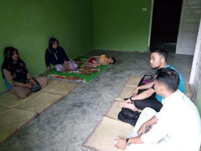 Lembaga Peduli Dhuafa mengunjungi dan Menyantuni Anak Yatim Penyandang Disabilitas di Desa Matang Rawa