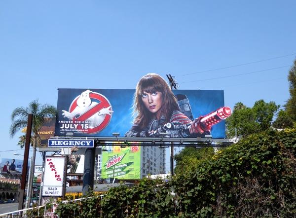 Kristen Wiig Ghostbusters film billboard