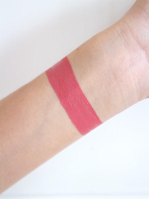Ever Bilena Advance LTD Liquid Lipstick Review in Cashmere Blush