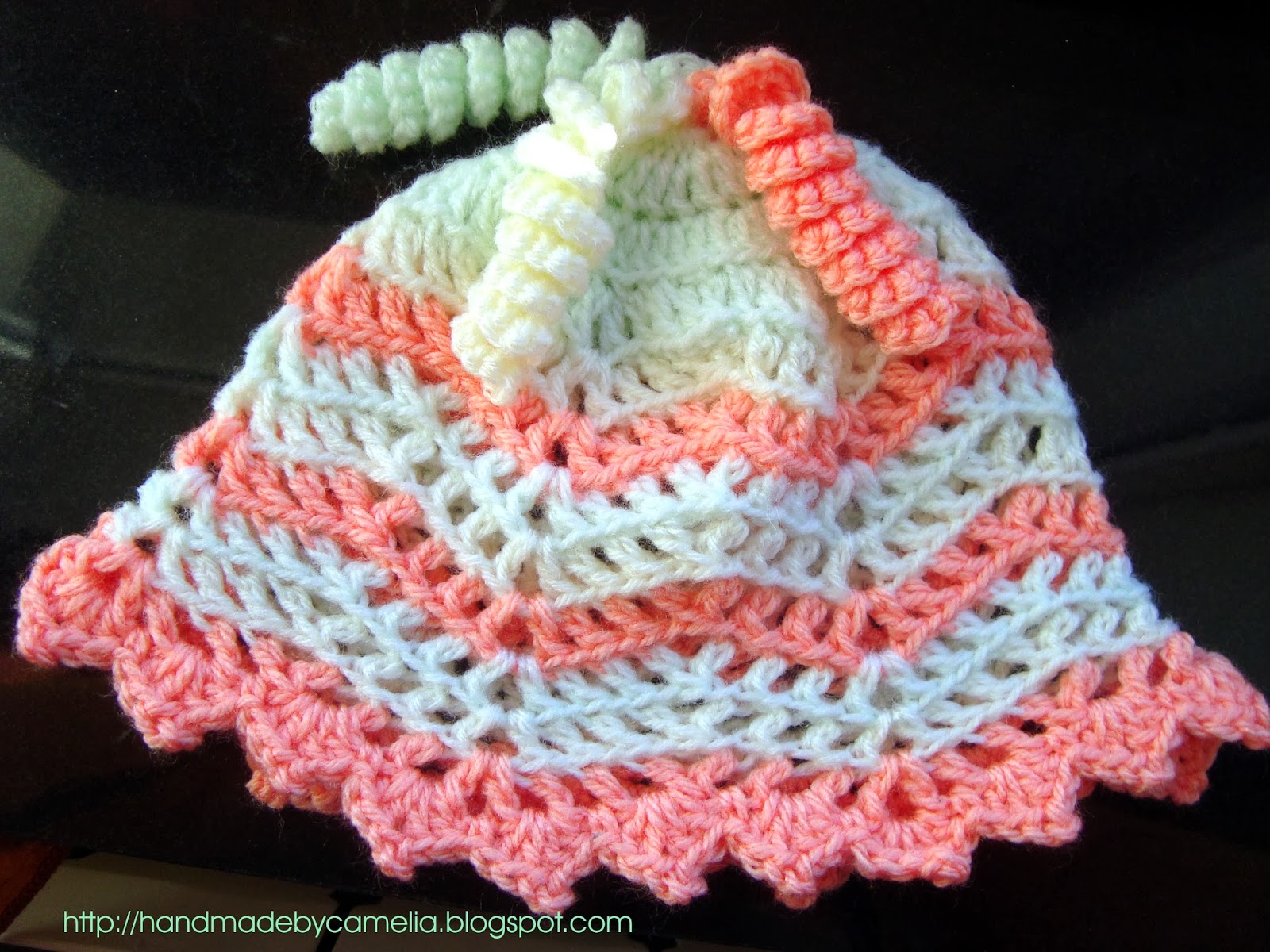 65f2dcb95dd Handmade by Camelia  Pattern   Finished product  Baby Hat with Curly Tassels