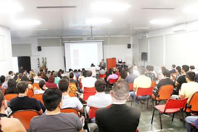 Técnicos de 16 municípios participaram na Ilha Comprida da capacitação em licitações e contratos públicos