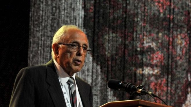 Kathrada: South Africa's anti-apartheid veteran dies aged 87