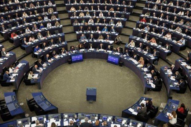 Πρόταση για αναστολή των ενταξιακών διαπραγματεύσεων της ΕΕ με Τουρκία