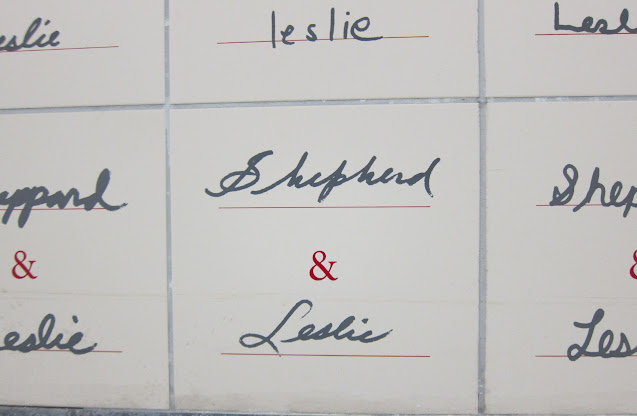 Misspelled tile at Leslie station.