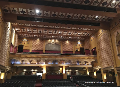 City Theather in Querétaro where the 100 Must in Mexico 2016 awards took place