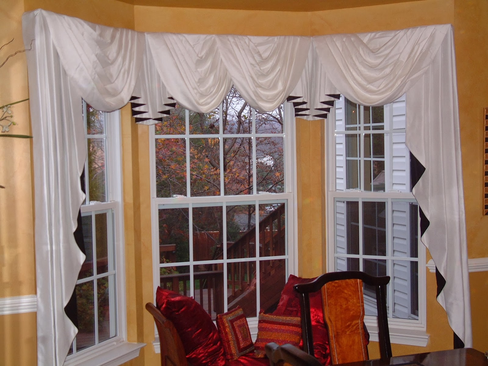 Scarf Valance Window Treatment Ideas