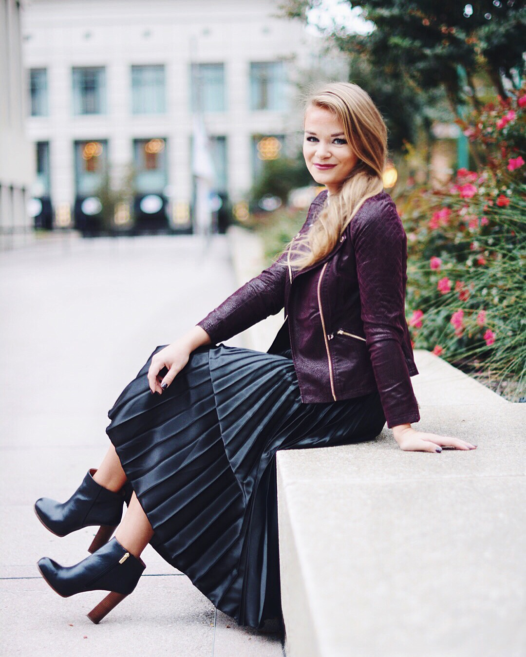 whatCourtwore : Satin Pleated Midi Skirt