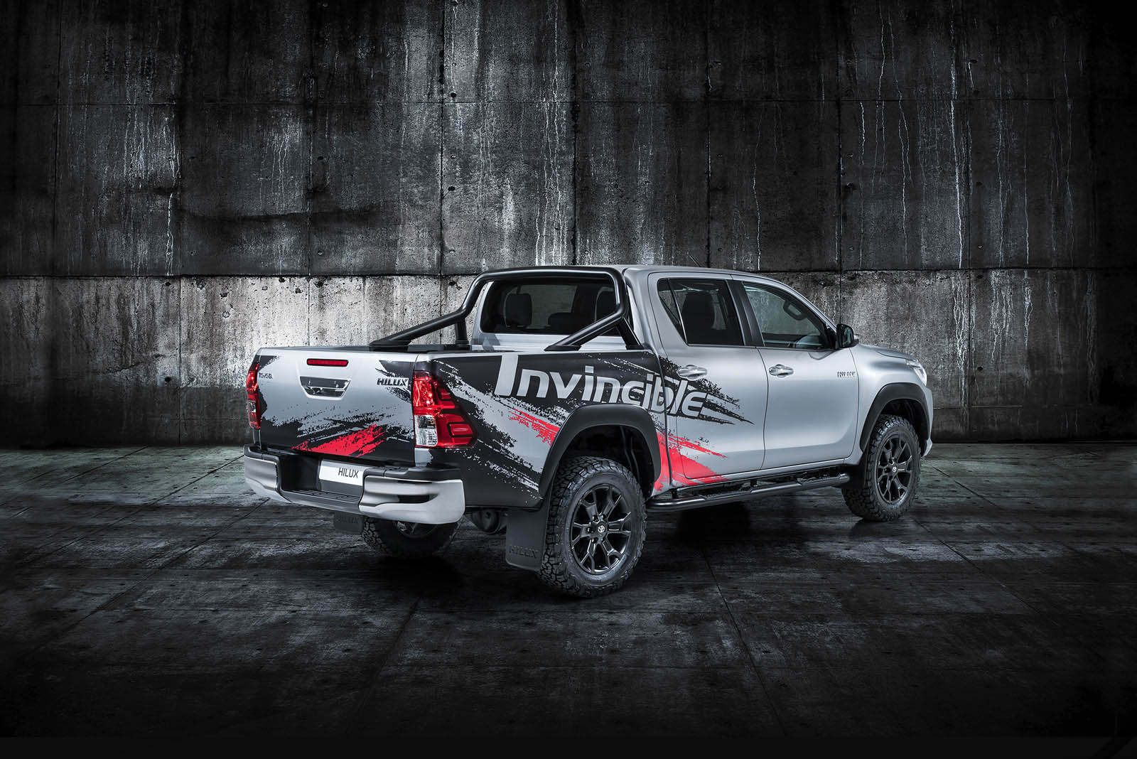 hilux goes to show toyota truck is still invincible after 50 years carscoops. Black Bedroom Furniture Sets. Home Design Ideas