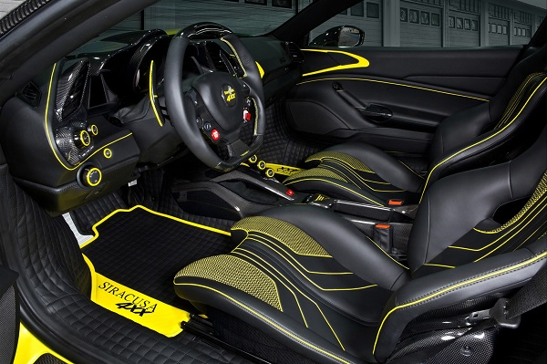 Interior Ferrari 4XX Siracusa