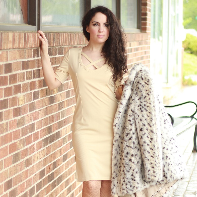 Beige Short Sleeve Dress