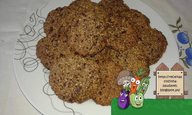 Bolachas com Pepitas de Chocolate (Sem Açúcar, Sem Farinha)