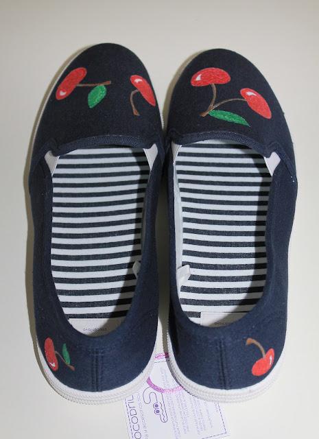 zapatillas-alpargatas-pintadas-cerezas