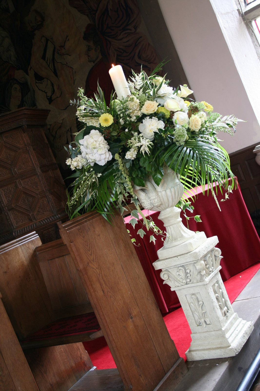 Flower Design Wedding Ceremony Styling Secret Garden Urn