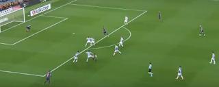 برشلونة يفوز على ريال سوسييداد بهدف وجماهير كامب نو تودع إنييستا