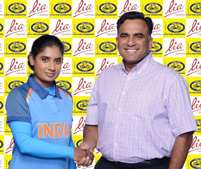 Cycle Brand Lia Agarbathi's New Brand Ambassodor Mithali Raj, Captain, Indian Women Cricket Team with Arjun M Ranga, MD, Cycle Pure Agarbathies