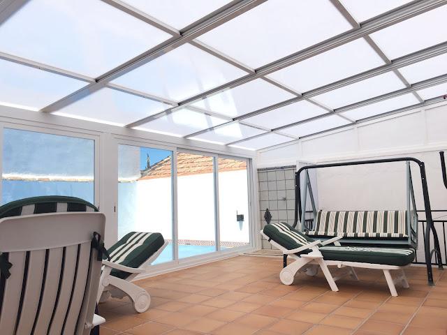 Fotos de cubiertas de porches con techos moviles fotos de cubiertas para piscinas cosmoval 644 - Cubierta para terraza ...