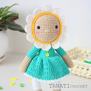 Flower girl amigurumi doll with dress