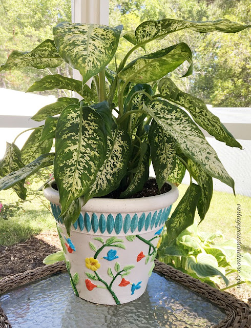 Vintage Paint and more... painted flower pots to brighten your decor